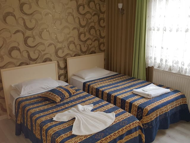 Twin Room'' 2 single beds'' - Anadolu Hotel