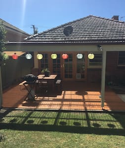 3br home in the heart of Bathurst - Bathurst - House