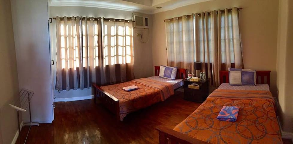 Room with 2 beds (3rd Floor - Shared Bathroom) - Mandaue City