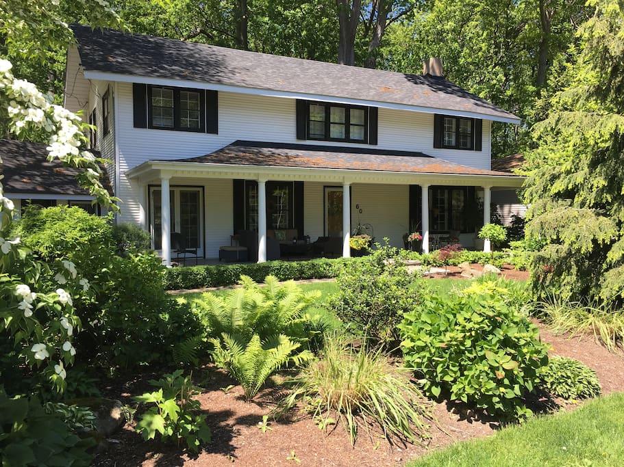Summerset House Niagara on the Lake