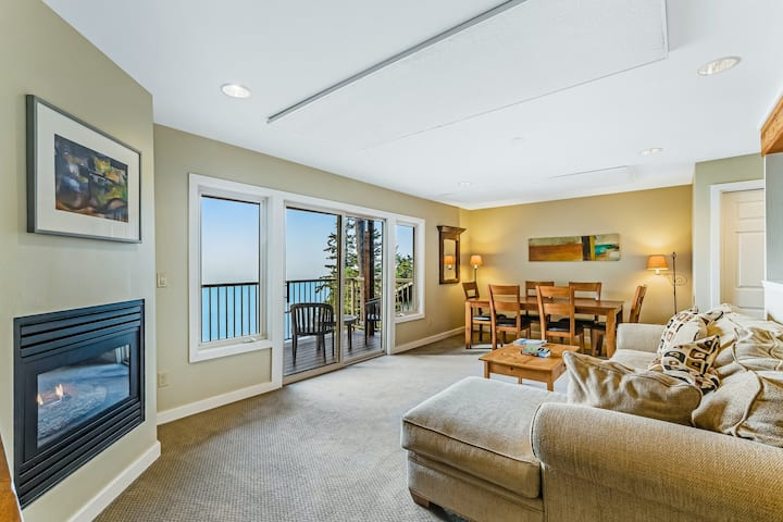 Stunning getaway on the water w/ private balcony, gas fireplace, & shared pool!