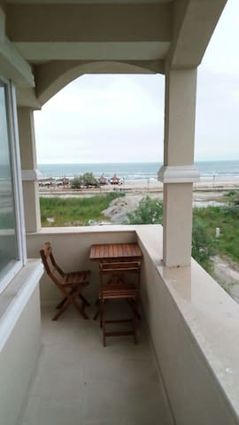 2 bedrooms apartment with sea views in Mamaia Nord