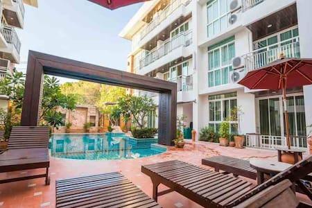 Pool front one Bedroom +GYM+BBQ - Ko Samui - Hotellipalvelut tarjoava huoneisto