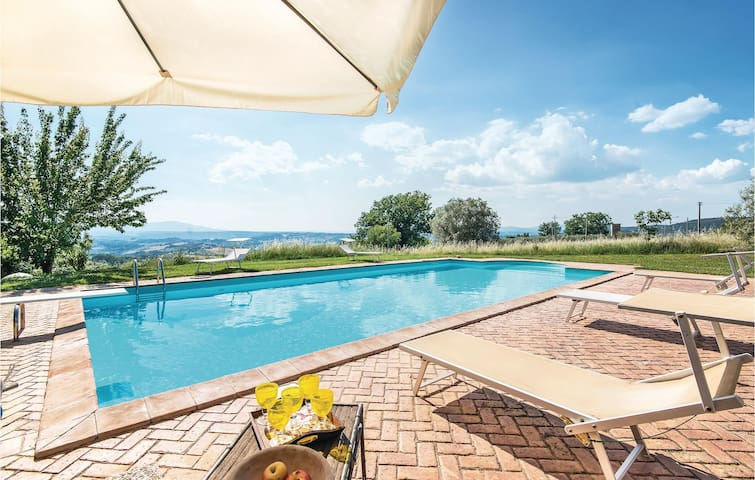 Holiday cottage with 3 bedrooms on 220m² in Calvi dell´Umbria TR