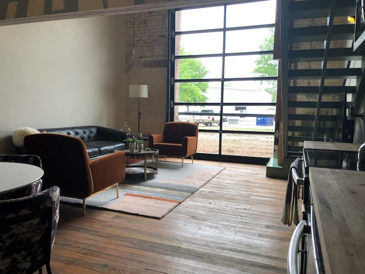 The Loft @ The 1907 in Downtown Rogers