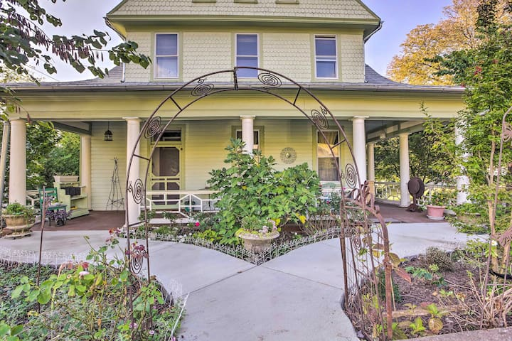 Sweet Staunton Home - Walk to Historic Main Street