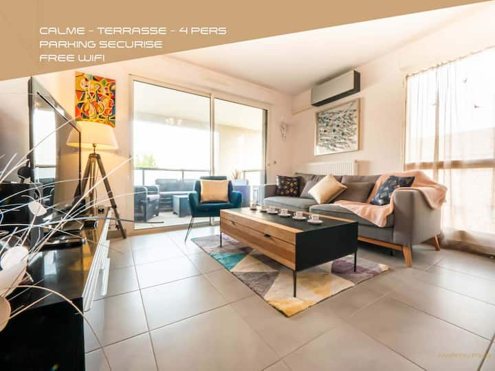T3 - Modern and Lively - Martinkey's Conciergerie