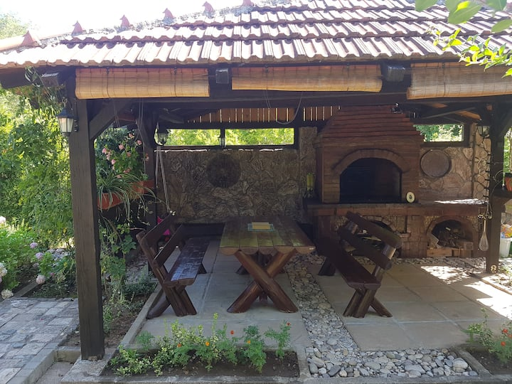 Villa Donum Dei - Feel the sound of silence