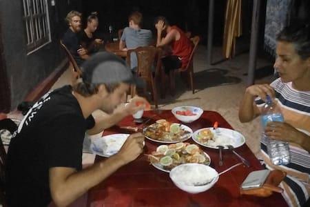 Good beach pigeon island trip clean - Nilaveli - Casa