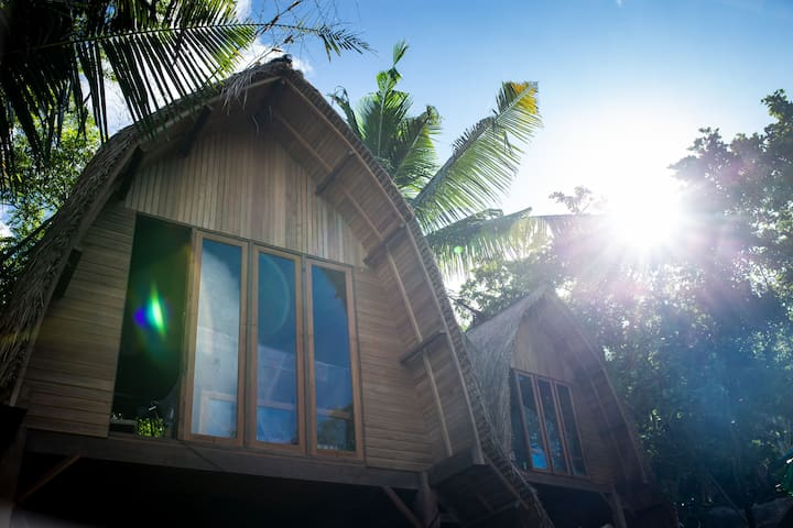 Welcome to the Jungle - Majango Bungalows #3