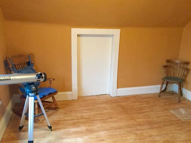 The bedroom photo 2