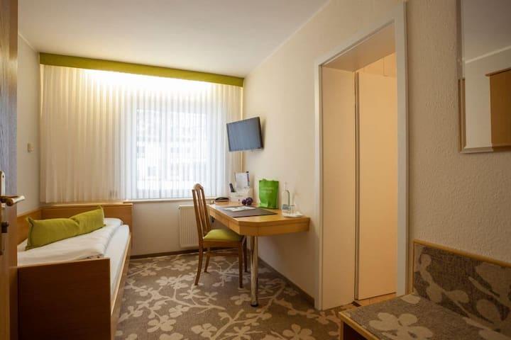 Hotel Haus Andrea (Winterberg/Stadt) -, Einzelzimmer-Komfort