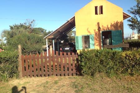 Cabaña a 50 metro de playa oceanica - La Paloma