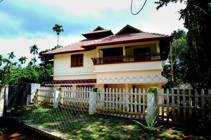 Your home in the tea garden - Meppadi - Bed & Breakfast