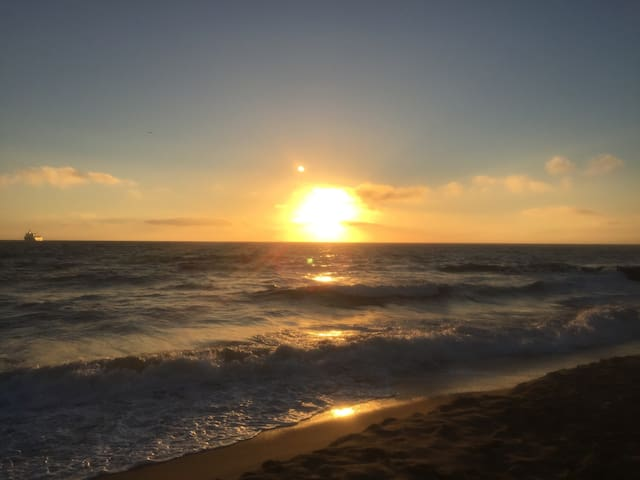 Beautiful sunsets by the beach - Los Angeles - Byt