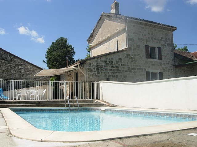 Country house in vineyard with swimming-pool 4x8m - Vieux - Hus