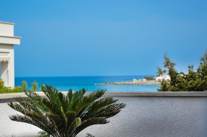 Beautiful villa by the sea - Villa Nereide sul Mare