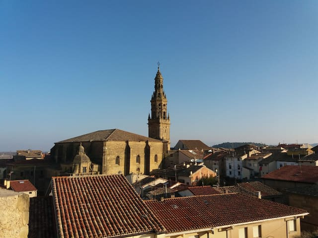 BONITO PISO EN BRIONES