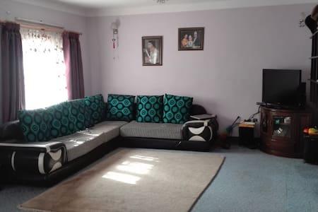 Comfi Home - Jorpati