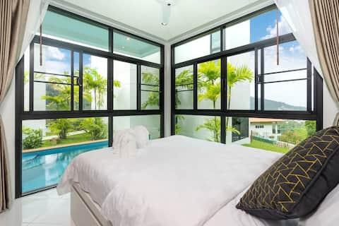 Private 360 Degree Sea View Luxury Villa 1