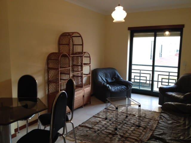 Apartamento T1 - Malhoa 31