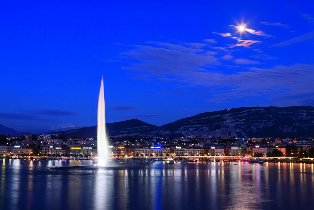 5min walking distance from most Geneva attractions.