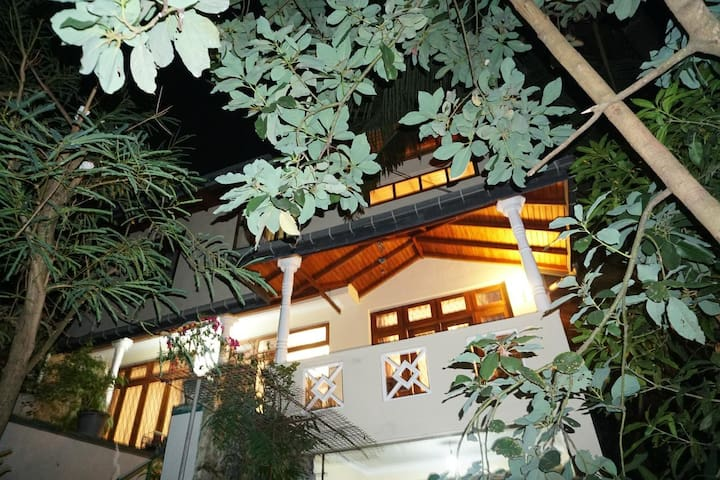Kandy Garden cottage