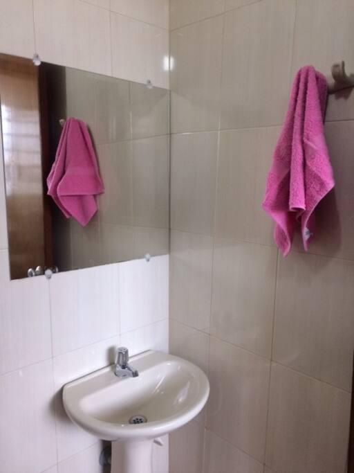 Baño exclusivo para el huésped