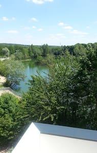 Duplex au bord du lac - Ris-Orangis