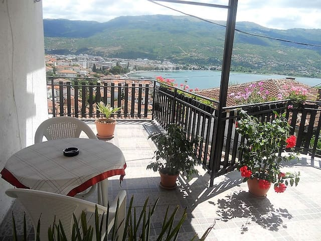 Martina apartment 1- balcony lake view - Ohrid - Apartment