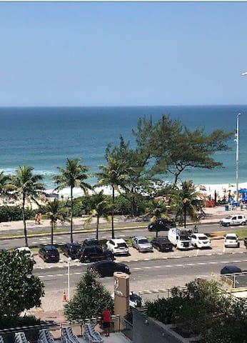 Flat praia da Barra da Tijuca Barra Palace