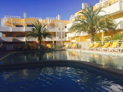 2 Bedroom Apartment + pool in Cabanas de Tavira