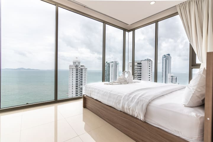 ⭐Large 2BR on 29Floor⭐Epic Sea View & Facilities
