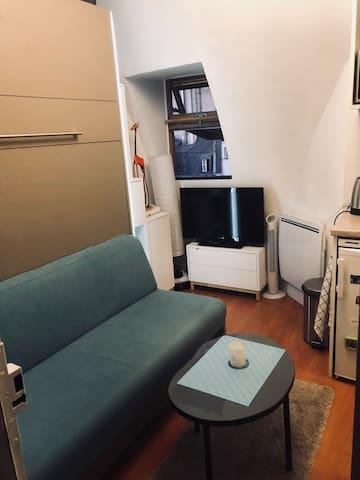 Chambre rénovée, ac clim,11m2, quartier Bon Marché