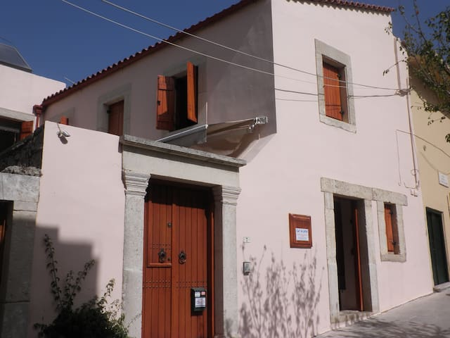 ''MARA'' MAISONETTE IN ARCHANES, ΙRAKLION - Archanes - Casa