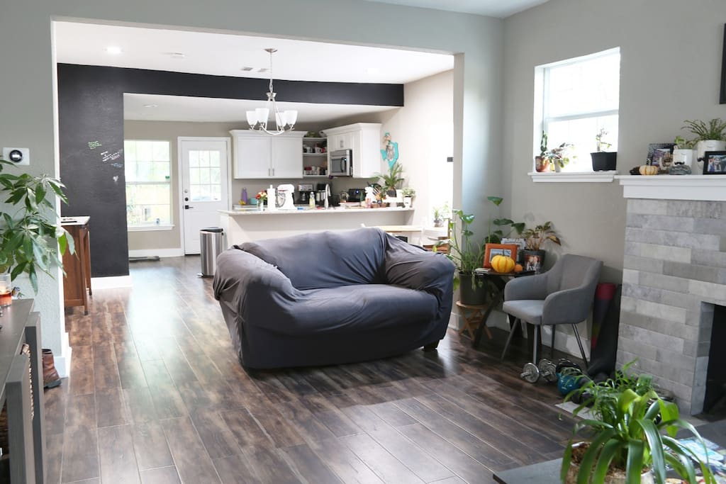 The living room you will usually have to yourself, with a TV for Netflix viewing + kitchen and chalkboard wall for guests to sign on.  Feel free to bring a few things to store in the fridge.