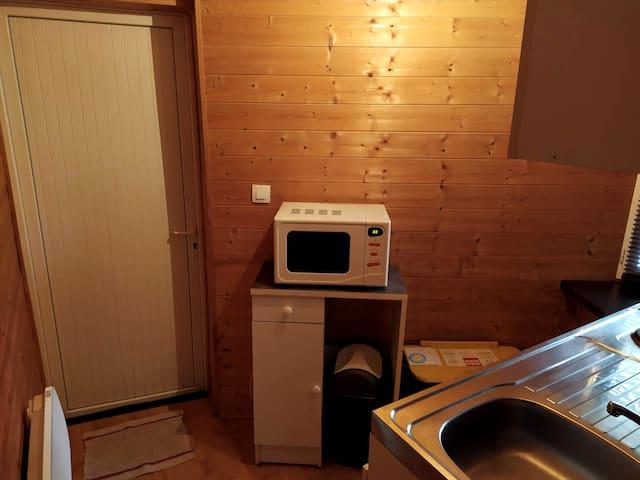 Porte d'entrée dans la cuisine