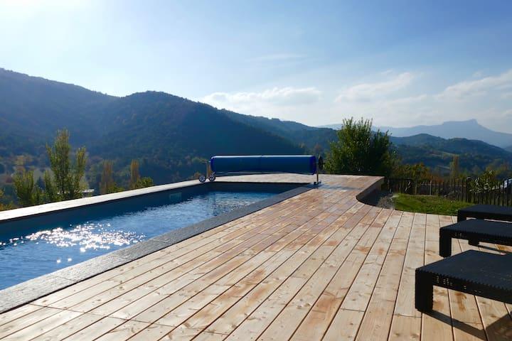 Villa d'architecte dans un cadre exceptionnel, piscine chauffée de 17 m