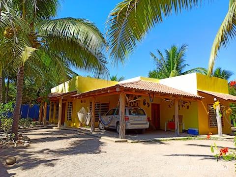 Casa amplia, cómoda y bonita en Playa Punta Pérula