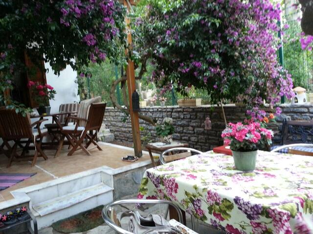 Fairy Tale Villa in Turgutreis