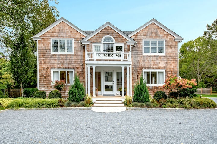Quogue Home in the heart of the quaint village