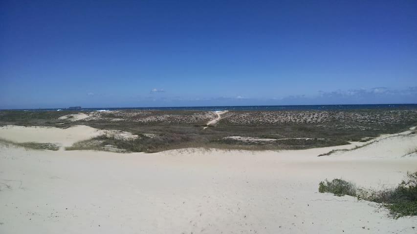 Linda casa próximo a praia da Joaquina - Florianópolis - Hus