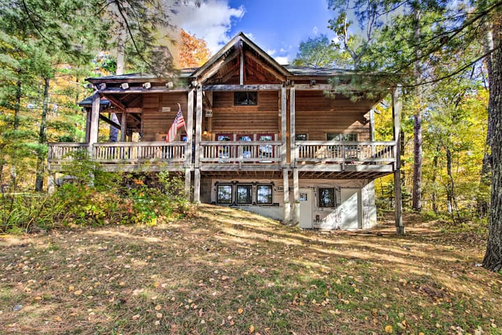 NEW! Spacious Lakefront Cabin w/Fire Pit & Grill!