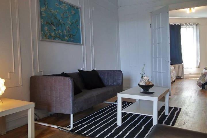 Elegant 1 Bedroom - Close To Manhattan