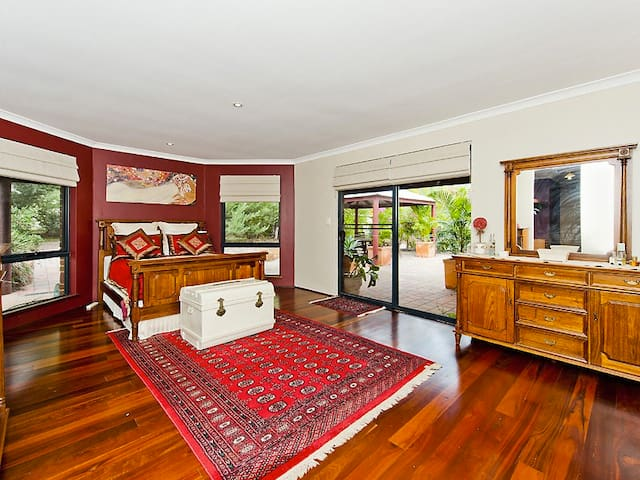 Discover Jarrahdale - 1 hour South - Jarrahdale - House