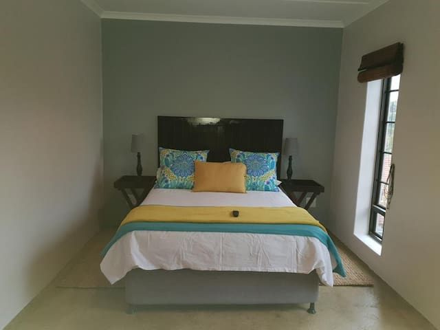 Nunuburd Lodge - Twin/Double Room