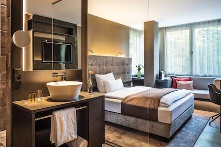 Urban Cocooning - stay@SAKS Urban Design Hotel