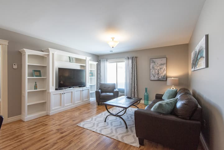Newly Listed 3 Bed, 2 Bath in Central Location