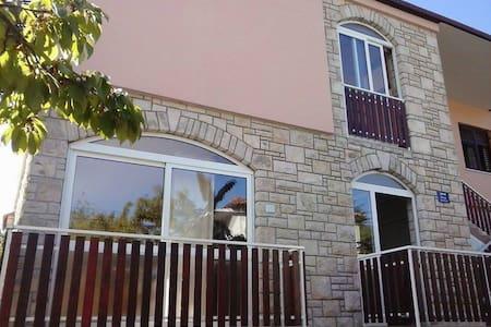 Apartments Sole - Novigrad - 아파트