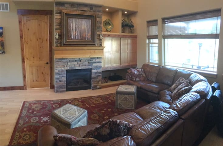 Spacious but cozy family room